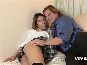 steamy Latina Camille Lixx deep throats Her Stepdads massive schlong