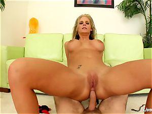 LiveGonzo Phoenix & Riley anal Wifes hump party