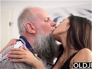 busty nubile Takes facial popshot From grandpa pipe