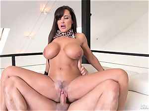 LiveGonzo Lisa Ann super-fucking-hot big-titted mommy boinking