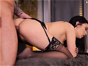 juicy Marley Brinx enjoying ass fucking hook-up