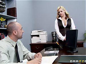 Generous chief humps sizzling assistant Sarah Vandella