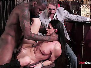 super hot wife India Summer orgasming on a dark-hued manmeat