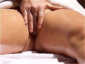 ultra-kinky masseur makes Krissy Lynn wiggle after sensuous love making