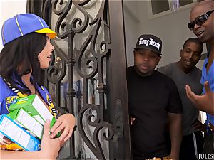 Keisha Grey Scouts For An multiracial gang screw
