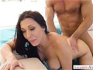 Rachel Starr bounces her moist puss on Johnnys firm rod