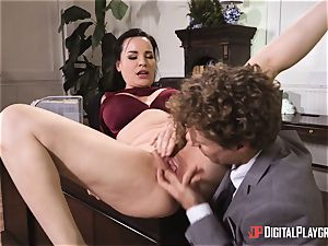 Dana DeArmond puss boned in the office
