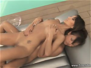 2 girls One Nuru rubdown