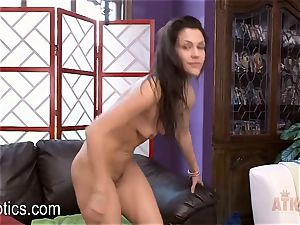 Spanish Hunie Samia Duarte with vibrator