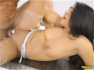 Facializing the super hot multi servicing maid Lexy Bandera after super-fucking-hot firm smash