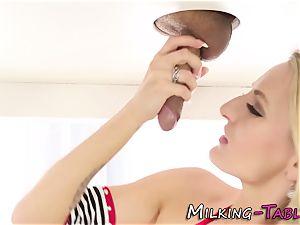 rubdown bitch gives head