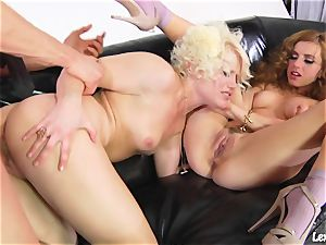 Lexi Belle get her labia munch and mate got doggy plumb