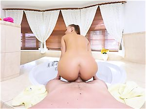 VR PORN-Hot dark-haired pulverize and gargle In the scorching bathtub