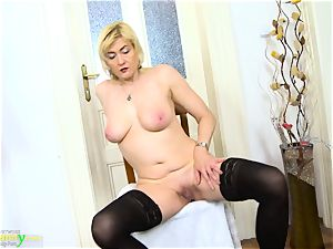 OldNanny insatiable light-haired Mature Evi Solo cootchie toying