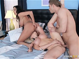 Ariella Ferrera and Alena Croft share dick together