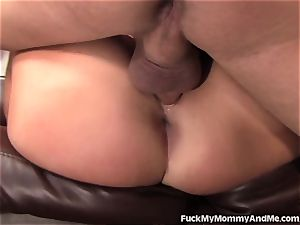 slutty mommy and daughter-in-law double squad A lucky boy