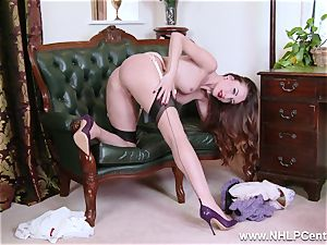 honey unwraps to nylons high-heeled shoes to fucktoy her cootchie