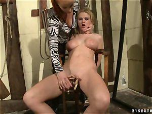Rampant mega-slut Katy Borman pegs this whores flange swings