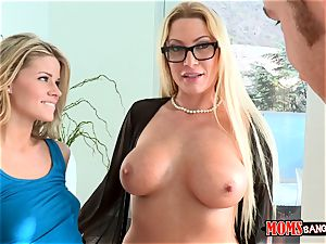 Jessa Rhodes and her stepmom entice the beau